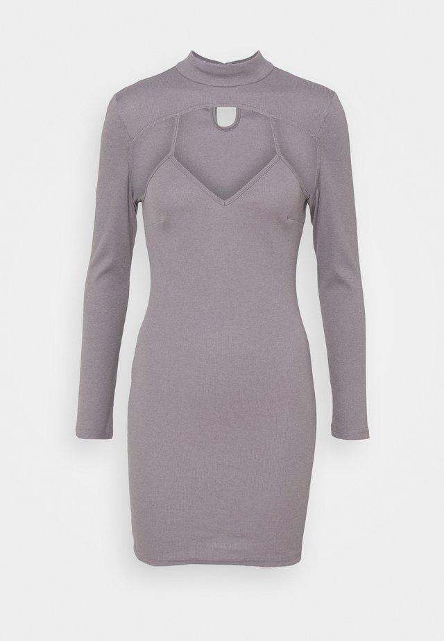 CUT OUT DRESS - Denní šaty - grey