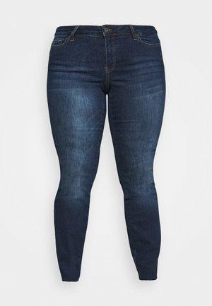 VMHARPERMANYA - Jeans Skinny Fit - dark blue denim