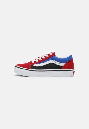 UY OLD SKOOL - Zapatillas - chili pepper/nautical blue