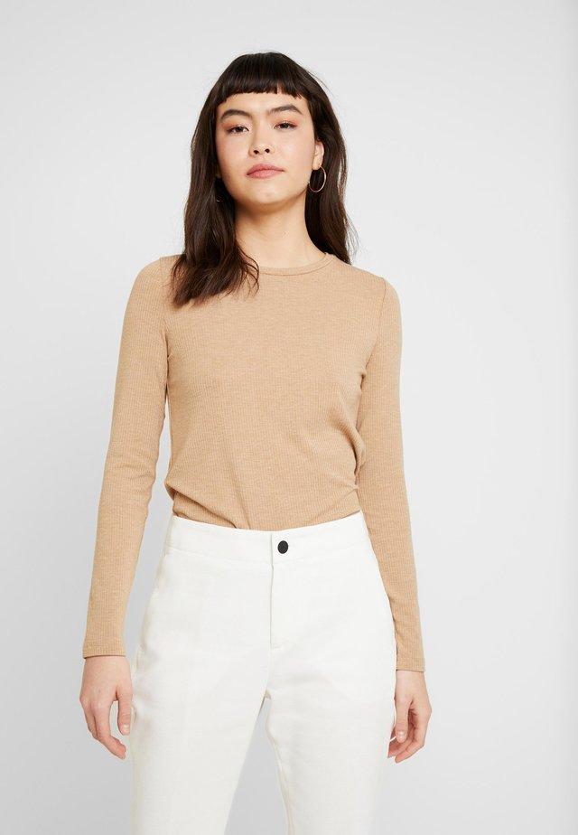 CREW NECK SOLIDS - T-shirt à manches longues - camel
