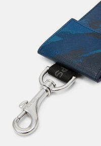 PS Paul Smith - WALLET CASE CAMO - Geldbörse - blue - 4