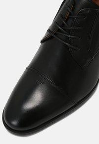 ALDO - CORTLEY FLEX - Derbies & Richelieus - black - 5