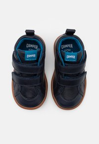 Camper - PURSUIT  - Dětské boty - navy - 3