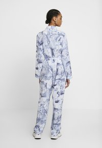 Monki - JONNA WORKWEAR - Jumpsuit - blue - 2