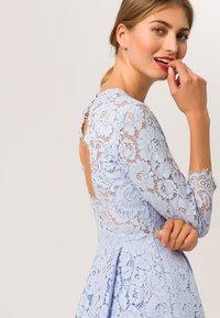 IVY & OAK - Vestito elegante - light blue - 2