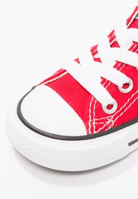 Converse - CHUCK TAYLOR ALL STAR CORE - Trainers - red - 5