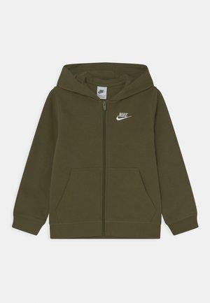 HOODIE CLUB  - Sweat à capuche zippé - rough green/white