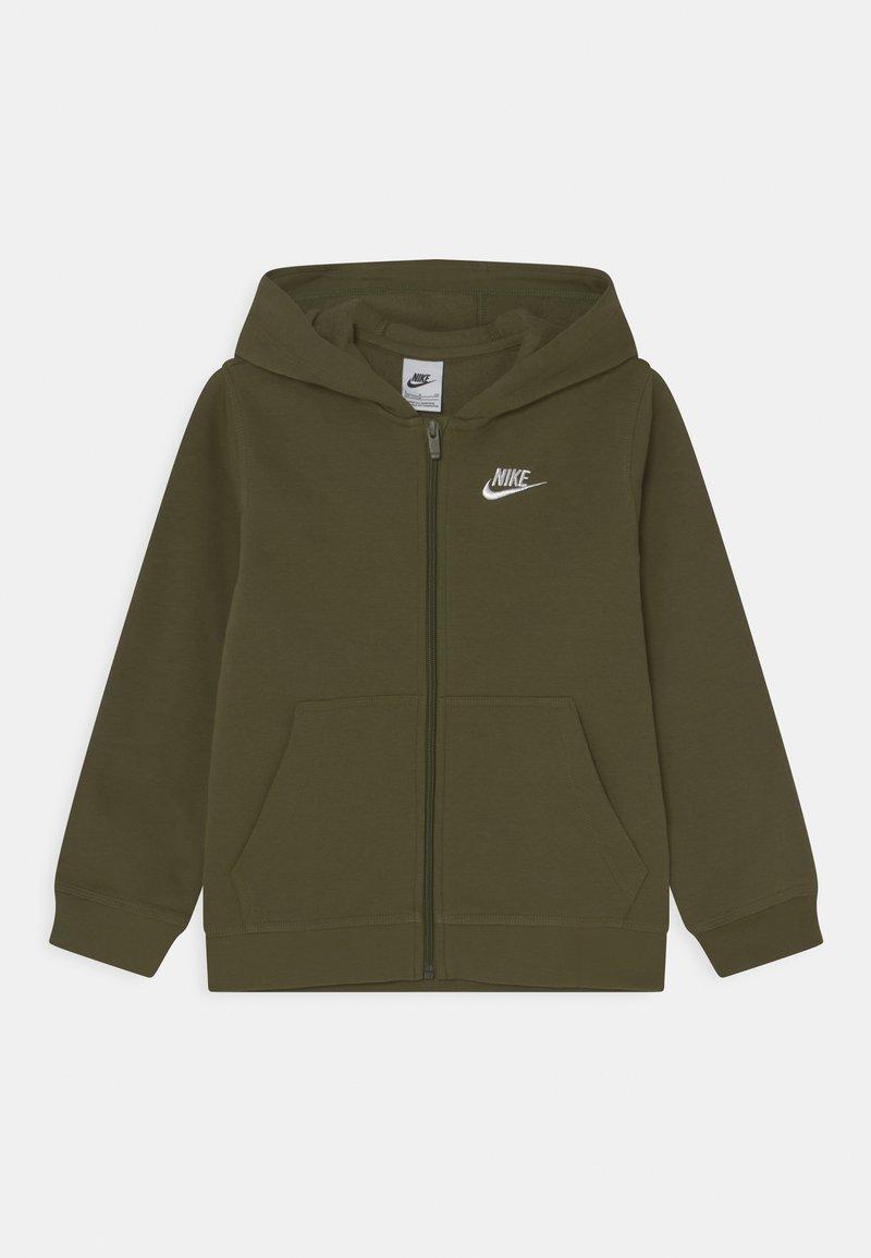 Nike Sportswear - HOODIE CLUB  - Sweater met rits - rough green/white