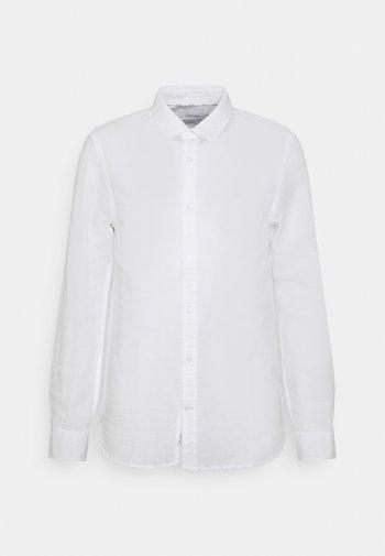 SLIM FIT SHIRT - Camicia - white