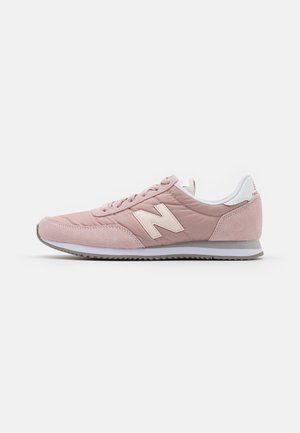 WL720 - Trainers - pink