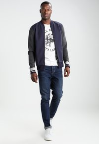 Key Largo - HELL RIDERS - Print T-shirt - offwhite - 1