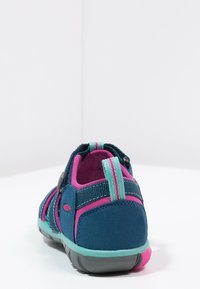 Keen - SEACAMP II CNX - Walking sandals - poseidon/very berry - 3