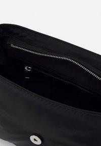 HVISK - BILLOW - Handbag - black - 2