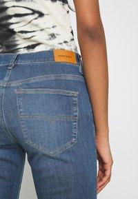 Diesel - ROISIN - Slim fit jeans - light blue - 5