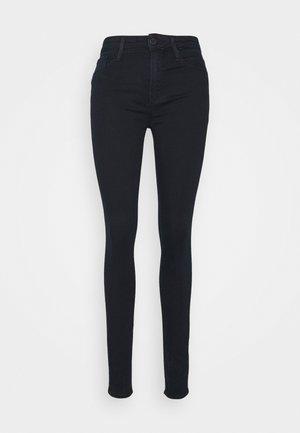 SOFT COMO SKINNY KELLY - Skinny džíny - kelly