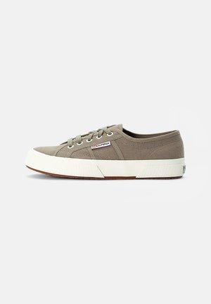 COTU CLASSIC  - Sneakers laag - green safari favorio