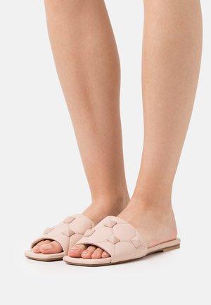 Pantofle - hard