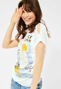 Cecil - Print T-shirt - weiß - 0