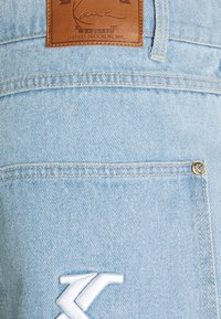 Karl Kani - RINSE PANTS - Relaxed fit jeans - light blue - 6