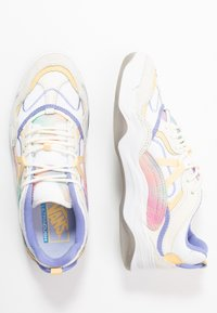 Vans - VARIX - Trainers - multicolor/true white - 3