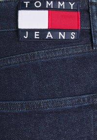 Tommy Jeans - DAD JEAN STRAIGHT - Jeans straight leg - oslo dark blue com - 7