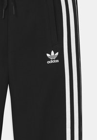adidas Originals - UNISEX - Verryttelyhousut - black/white - 2