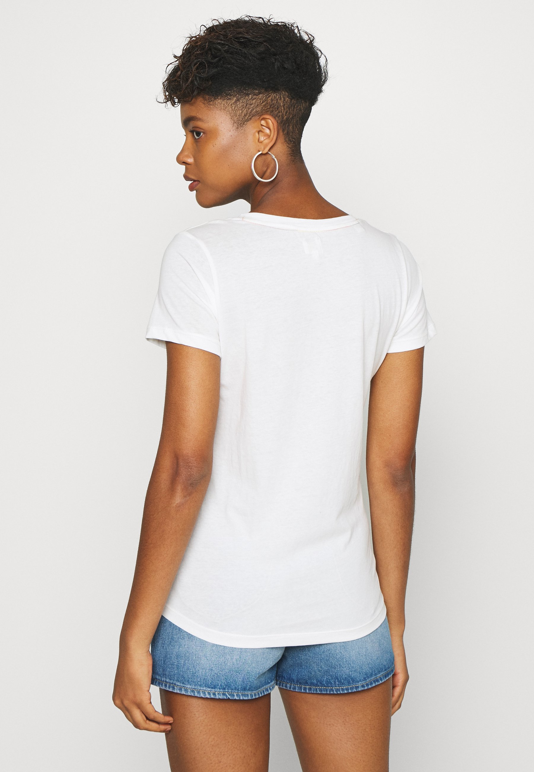 Lee Pride V Neck Tee - T-shirts Med Print White/hvit