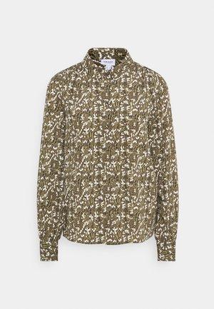 VMJOSEPHINE LINDA - Button-down blouse - ivy green
