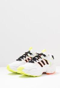 adidas Originals - MAGMUR RUNNER ADIPRENE+ RUNNING-STYLE SHOES - Trainers - crystal white/core black/footwear white - 6