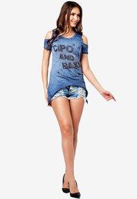 Cipo & Baxx - Denim shorts - iceblue - 1
