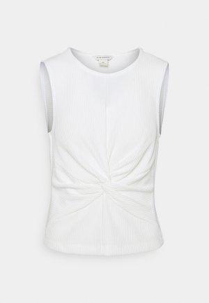SLVLESS TWIST FRONT KNIT - T-shirt basic - white