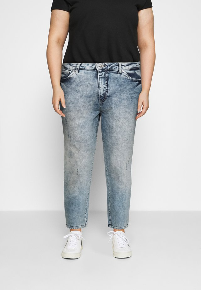 VMVIBE MOM - Džíny Straight Fit - medium blue denim