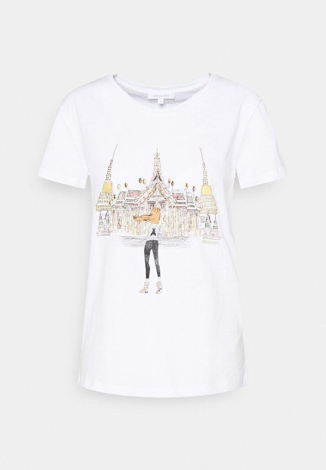 MAGLIA - T-shirt imprimé - bianco/temple