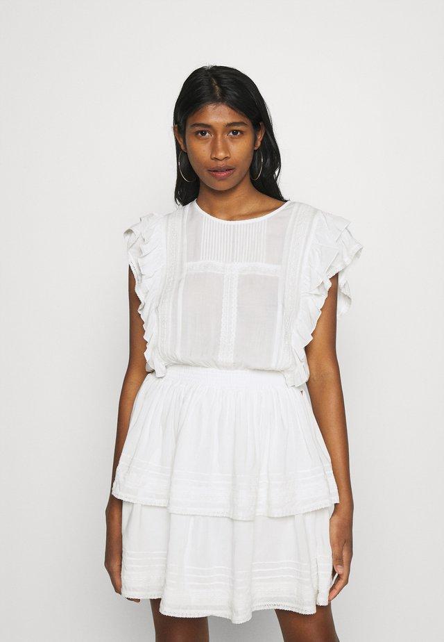 SAMIYA DRESS - Vapaa-ajan mekko - off white