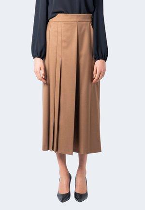 MANILO - Pantaloni - brown