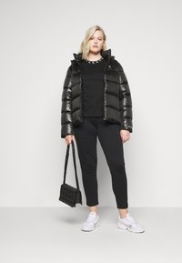 Calvin Klein Jeans Plus - SHINY SHORT PUFFER - Winter jacket - black - 1