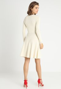 YAS - YASBECCO DRESS - Gebreide jurk - cloud dancer - 2