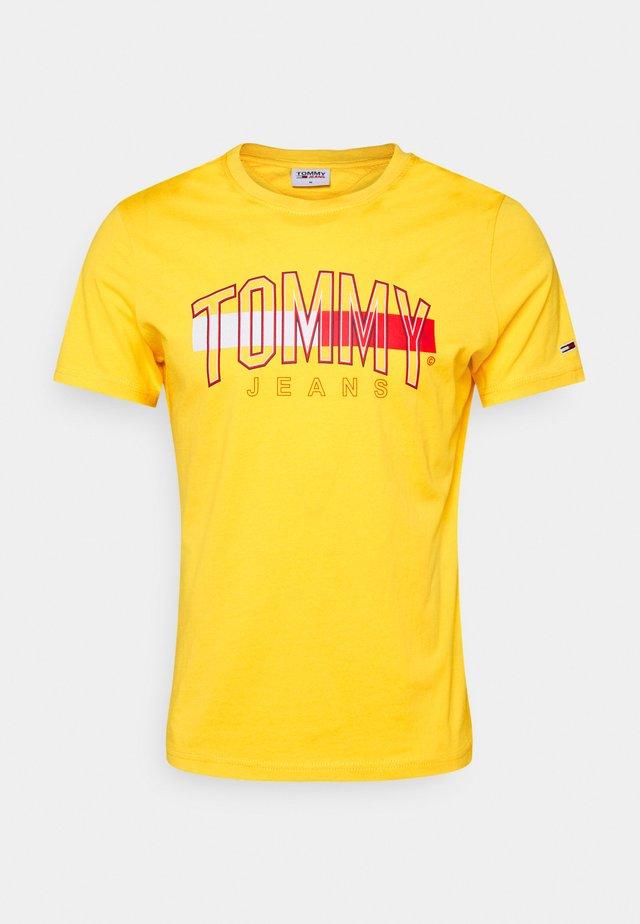 FLAG TEE UNISEX - T-shirt con stampa - pollen