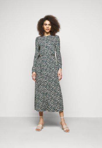 AMPEZZO - Robe en jersey - dunkelgruen