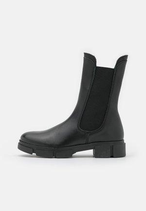 BIACERIE CHUNKY BOOT - Støvler - black