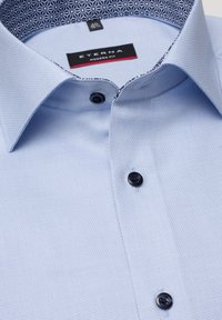 Eterna - MODERN FIT - Overhemd - light blue - 5