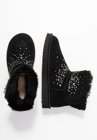 UGG - CLASSIC GALAXY BLING MINI - Ankle boots - black - 3