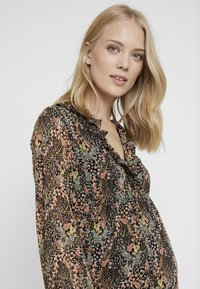 Topshop Maternity - RUFFLE MINI - Day dress - multi - 3