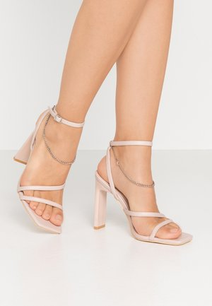FLIRTY CHAIN - High heeled sandals - soft pink