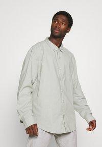 DOCKERS - SHIRT - Overhemd - aqua grey - 3