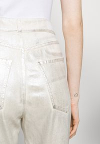 Sportmax - LACCA - Flared Jeans - silber - 7
