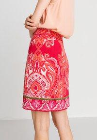 Ivko - Áčková sukně - red - 2