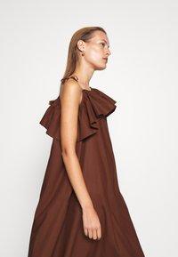ARKET - DRESS - Day dress - brown dark - 4