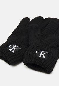 Calvin Klein Jeans - MODERN ESSENTIALS GLOVES UNISEX - Rukavice - black - 2