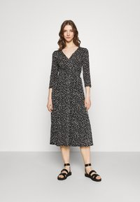 ONLY - ONLPELLA DRESS - Jersey dress - black - 0